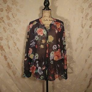 Tops - Suzie Shier Long Sleeve Blouse - Flower Pattern